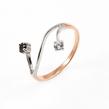 Auksinis rodžiuotas moteriškas žiedas su cirkonio kristalais Ž0272