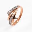 Auksinis moteriškas žiedas su cirkonio kristalais