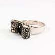 Sidabrinis moteriškas žiedas su oniksu ir markazitais