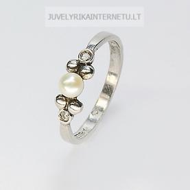 su-perlais-sidabrinis-moteriskas-ziedas.jpg
