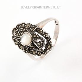 su-pusbrangiais-akmenimis-sidabrinis-moteriskas-ziedas-003.jpg