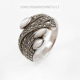 su-pusbrangiais-akmenimis-sidabrinis-moteriskas-ziedas-013.jpg