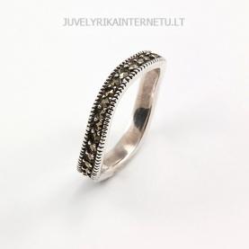 su-pusbrangiais-akmenimis-sidabrinis-moteriskas-ziedas-016.jpg