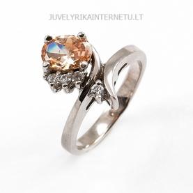 su-pusbrangiais-akmenimis-sidabrinis-moteriskas-ziedas-su-citrinu-005.jpg
